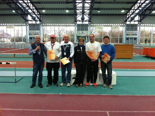 Der Leichtathletikkreis ehrt langjähige Kampfrichter
